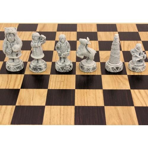 """Шахматы """"Народы севера"""" дубовые (фигуры литьевой мрамор)"""