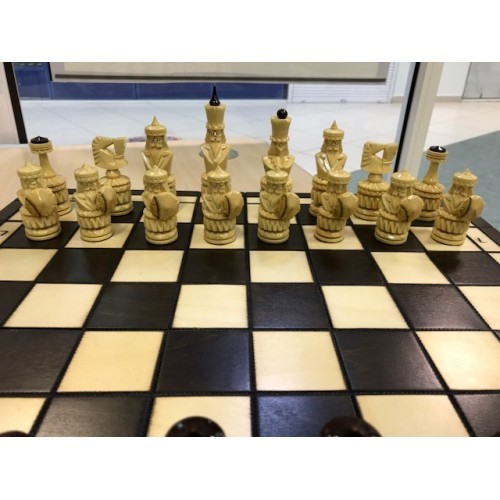 "Шахматы резные ""Богатыри"""
